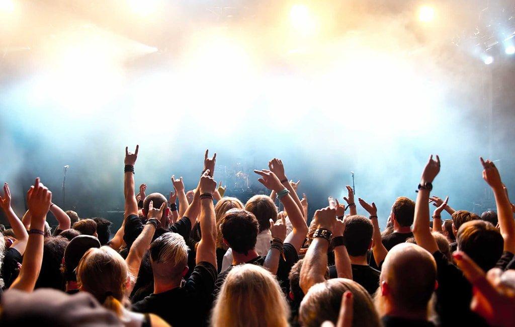 Билет на концерт любимой группы