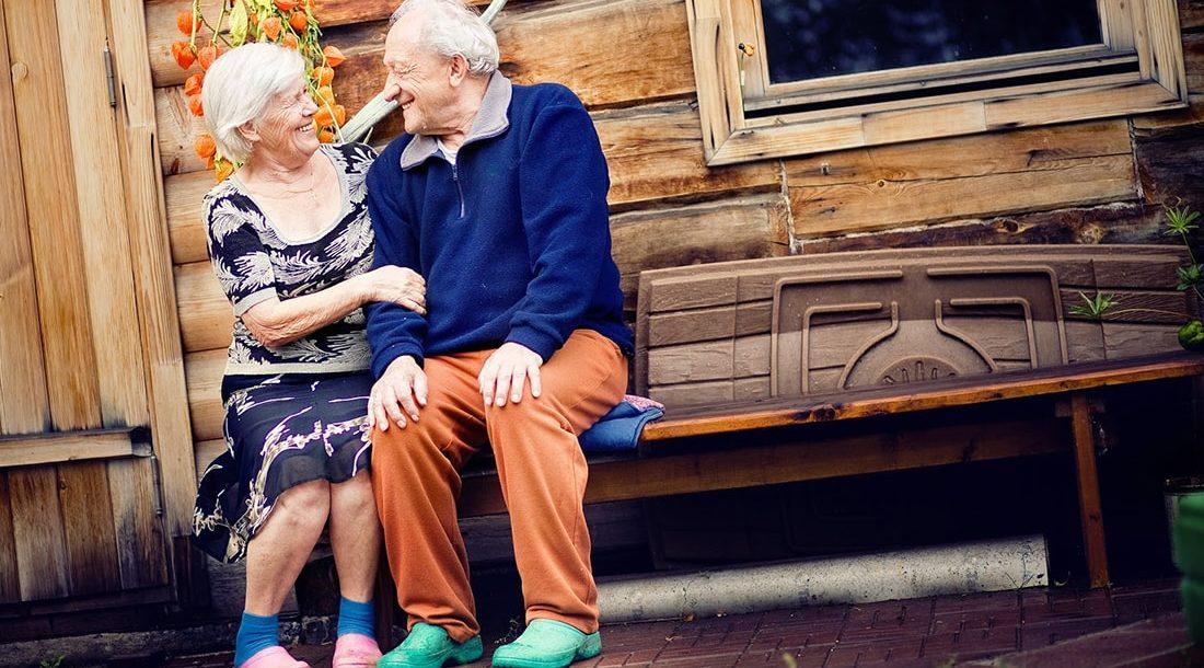 Что подарить дедушке на день рождения – ТОП 10 подарков