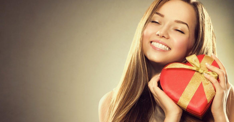 Что подарить девушке на 14 февраля. ТОП 30 лучших подарков ко Дню Всех Влюбленных!