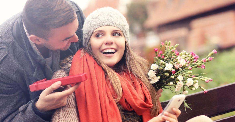 Что подарить девушке на 8 Марта - 35 потрясающих идей!