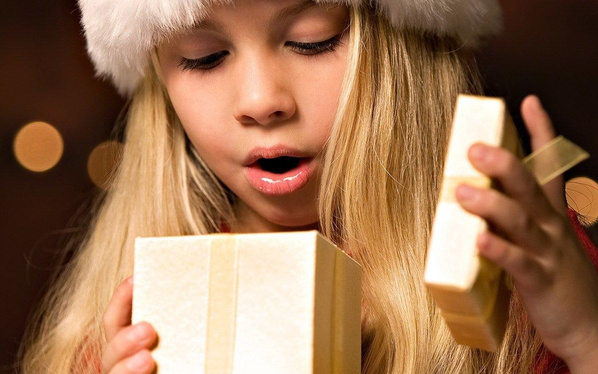 Что подарить дочери на Новый год? 20 потрясающих подарков!