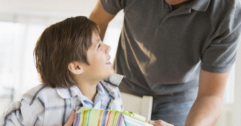 Что подарить мальчику на 23 Февраля-ТОП 25 лучших подарков