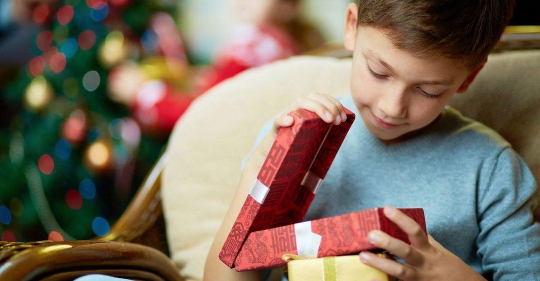 Что подарить сыну на Новый год. 20 потрясающий подарков!