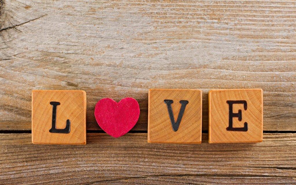 Деревянное сердце-валентинка