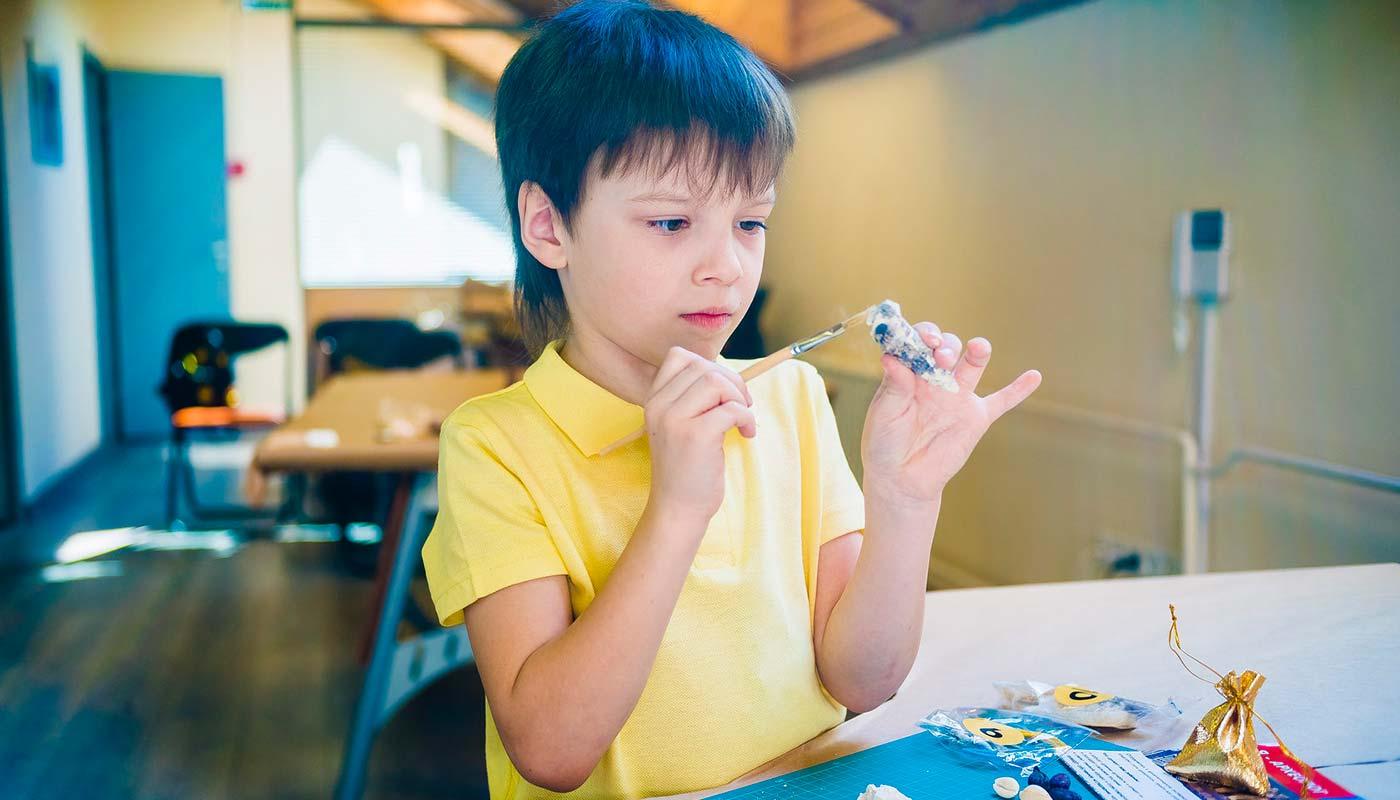 Что подарить мальчику на 10 лет - ТОП 30