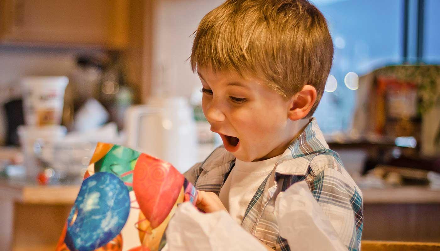 Что подарить мальчику на 8 лет – ТОП 30 подарков