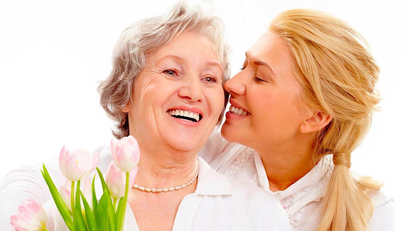 Что подарить маме на 50 лет - ТОП 30