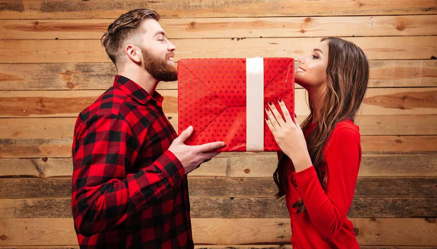 Что подарить мужчине на день рождения - ТОП 30