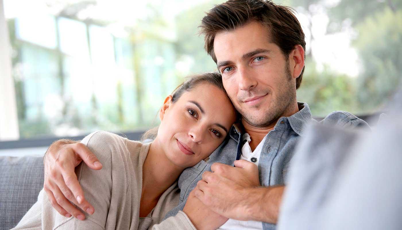 Что подарить мужу на годовщину свадьбы - ТОП 30